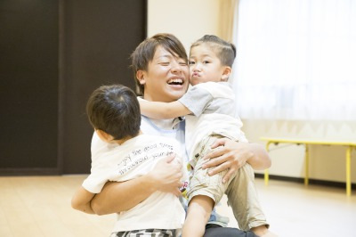 夜間2年間で保育士・幼稚園教諭を目指せる!
