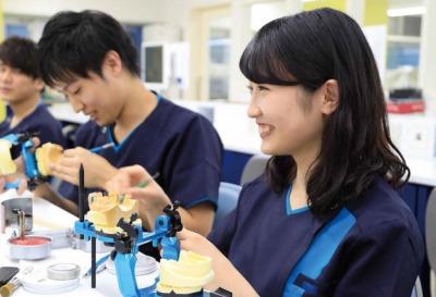 歯科技工士科Ⅰ部